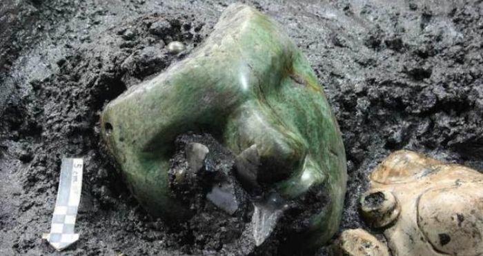 Serpentine Green Mask