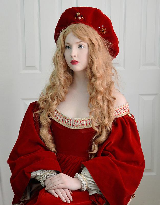 angela clayton as isabel requisins