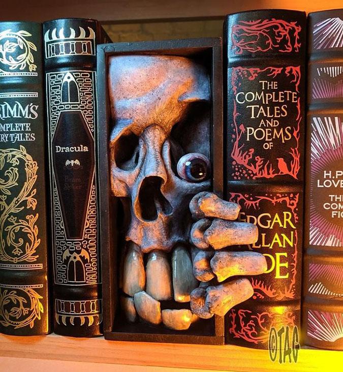 dr lloyd cranio bookshelf monster