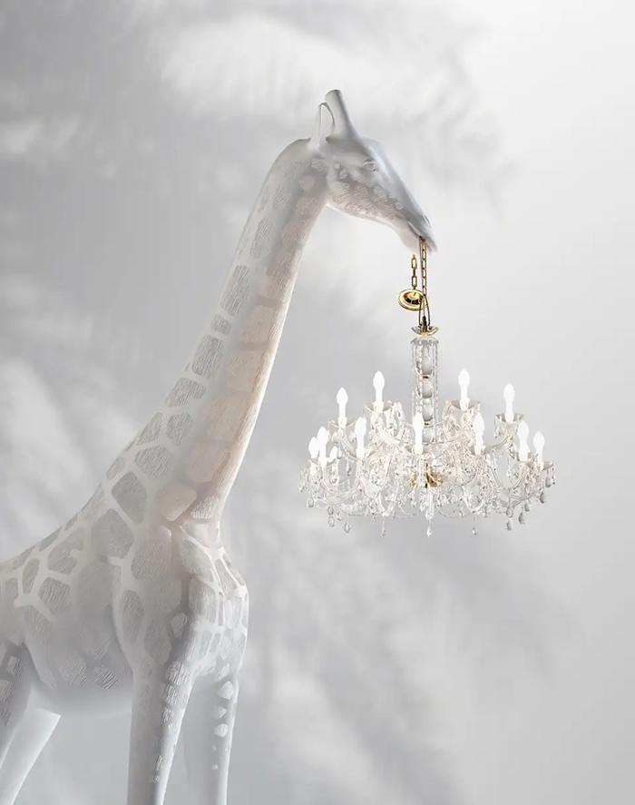 giraffe chandelier lamps full body
