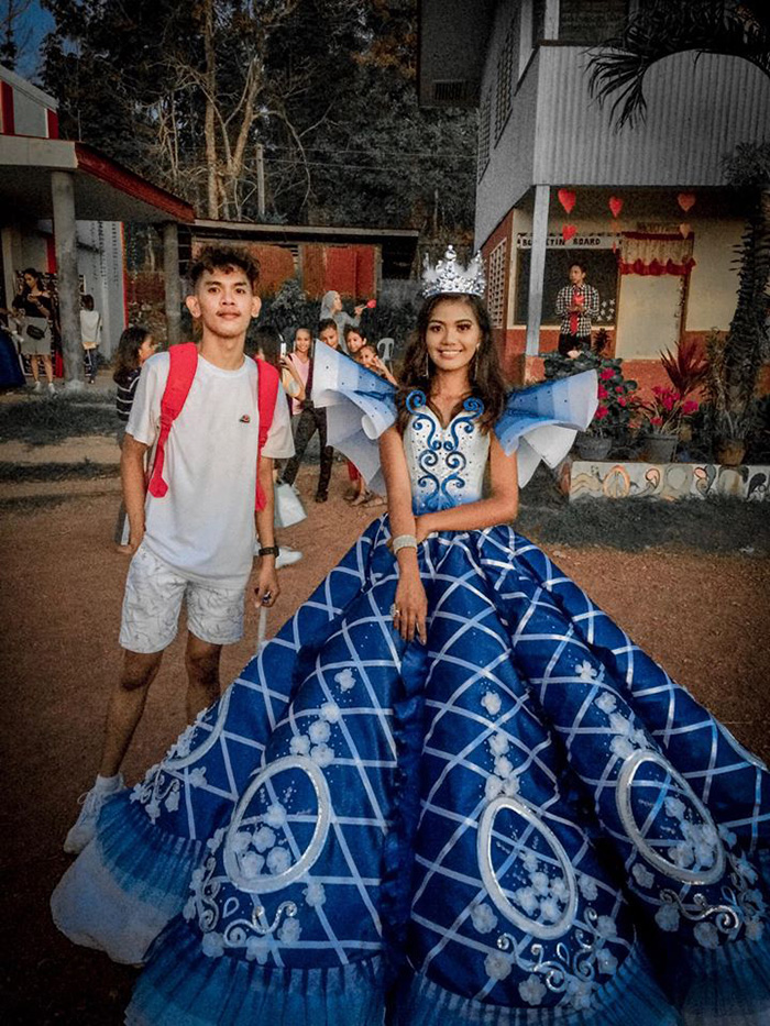 maverick francisco oyao with sister