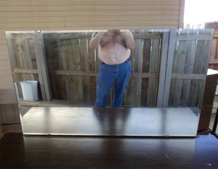 people trying to sell mirrors belly