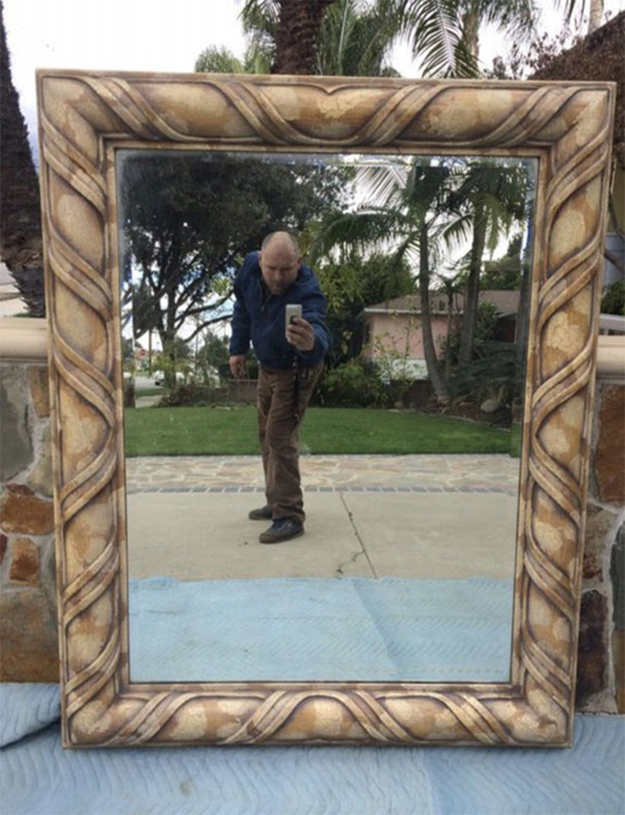 people trying to sell mirrors fail