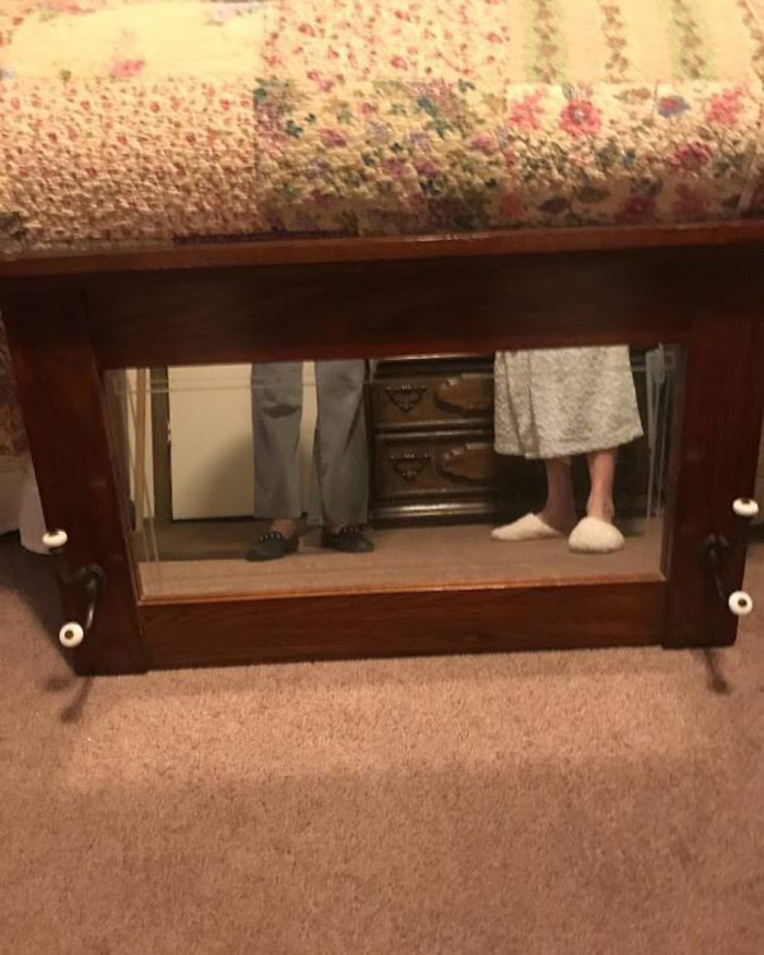 people trying to sell mirrors four feet