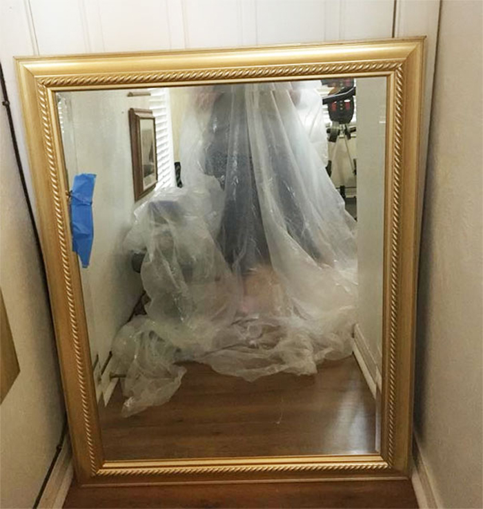 sellers avoiding reflection plastic bag dress