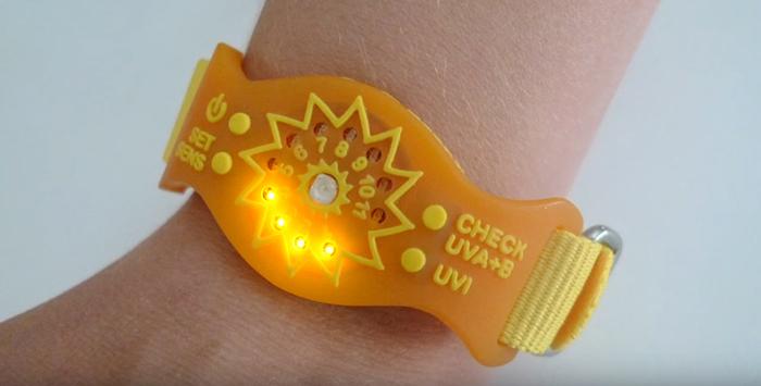 sunfriend uv monitor bracelet