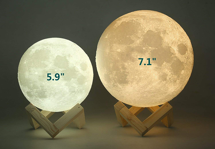 two sizes of the standard moon lamp