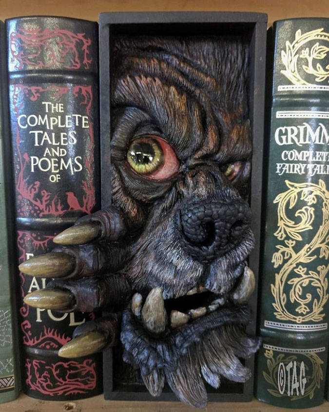 werewolf bookshelf insert