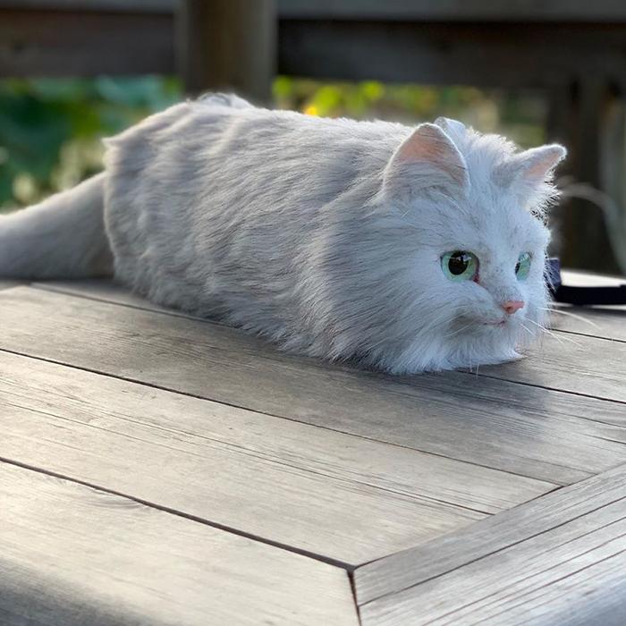 Faux Fur Cat-shaped Purse