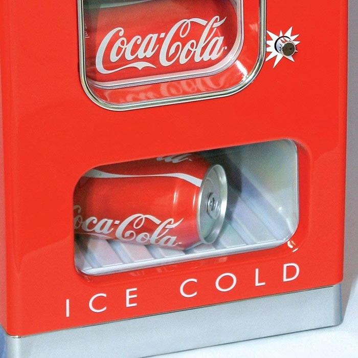 coca-cola mini vending machine bottom slot
