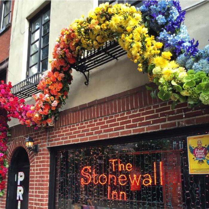 floral arrangement lewis miller stonewall inn