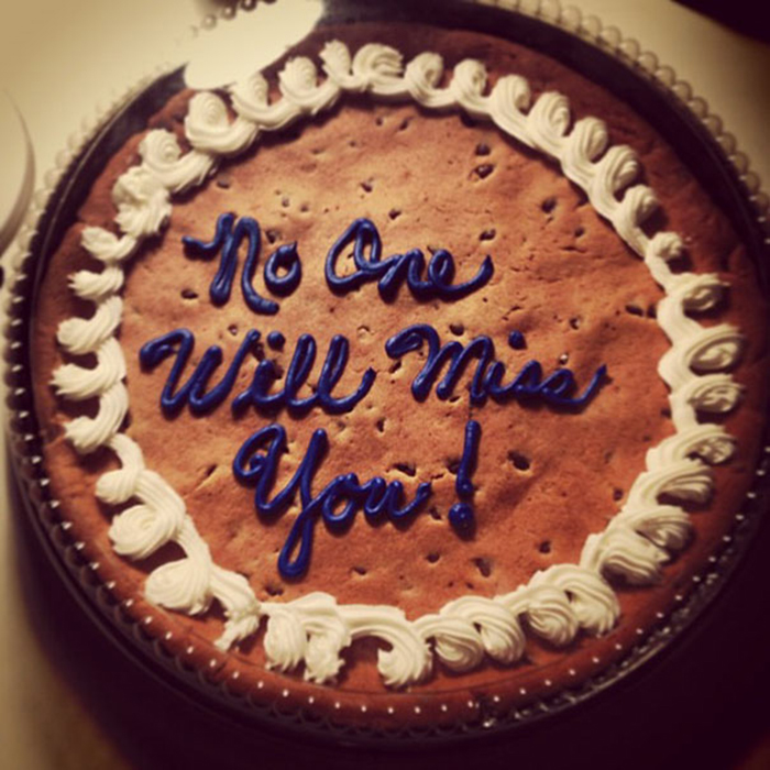 hilarious farewell cakes no one will miss you