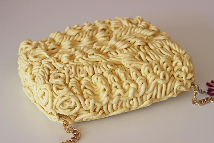 ramen noodle handbag with golden chain strap