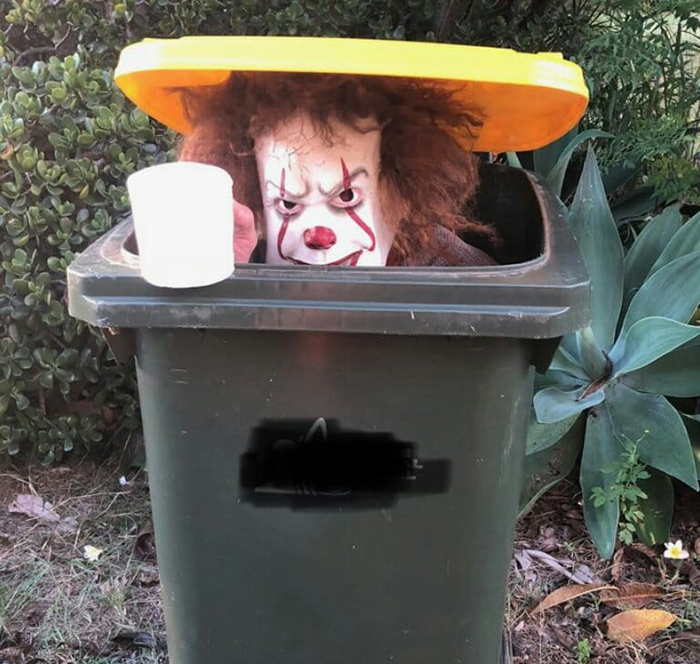 Bin Isolation Outing Person Dressed aa Pennywise Inside a Bin