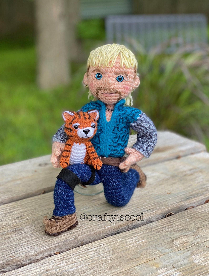 Crochet Joe Exotic Bending Knee and Holding Tiger Cub