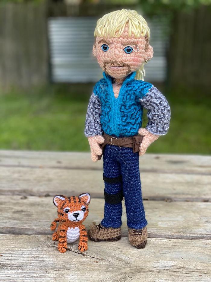 Crochet Joe Exotic and Tiger Cub