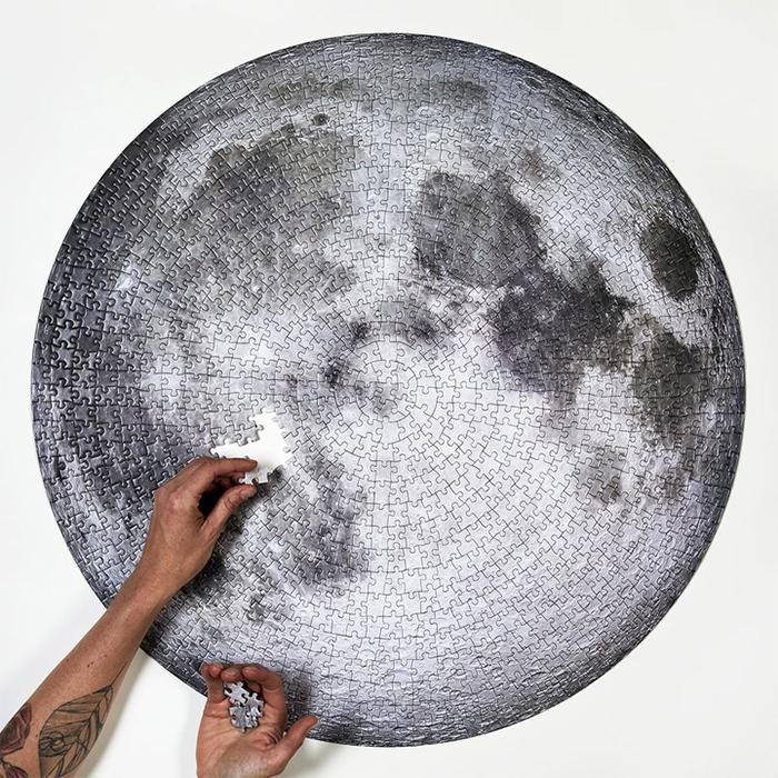circular moon puzzle jigsaw
