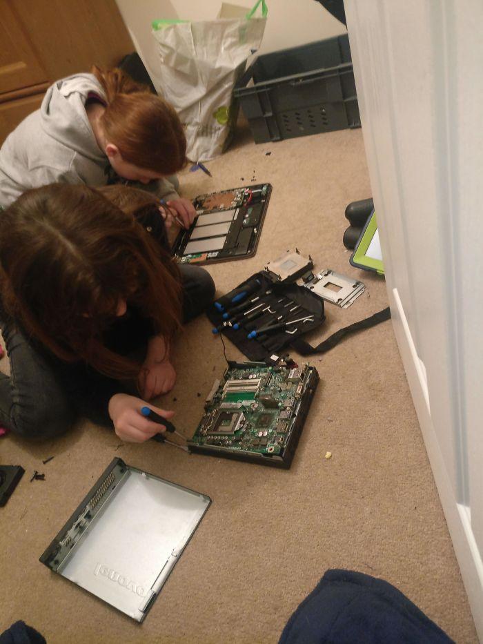 funny kids lockdown stories assembling computers