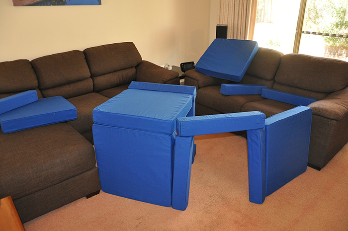 living room squishy forts