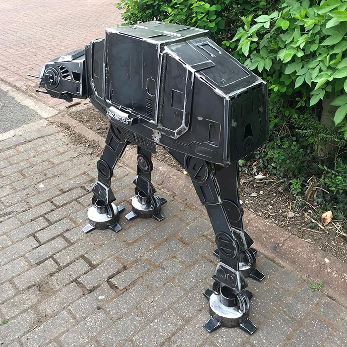 scale replica star wars four-legged transport vehicle