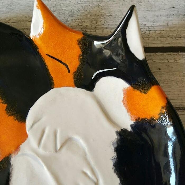 Ceramic Cat Plate White Orange Black Closeup