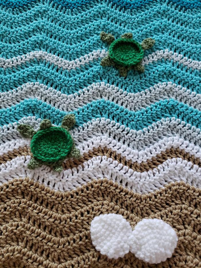 Crochetcreationsbyge Handmade Duvet with Hatchlings and Seashells