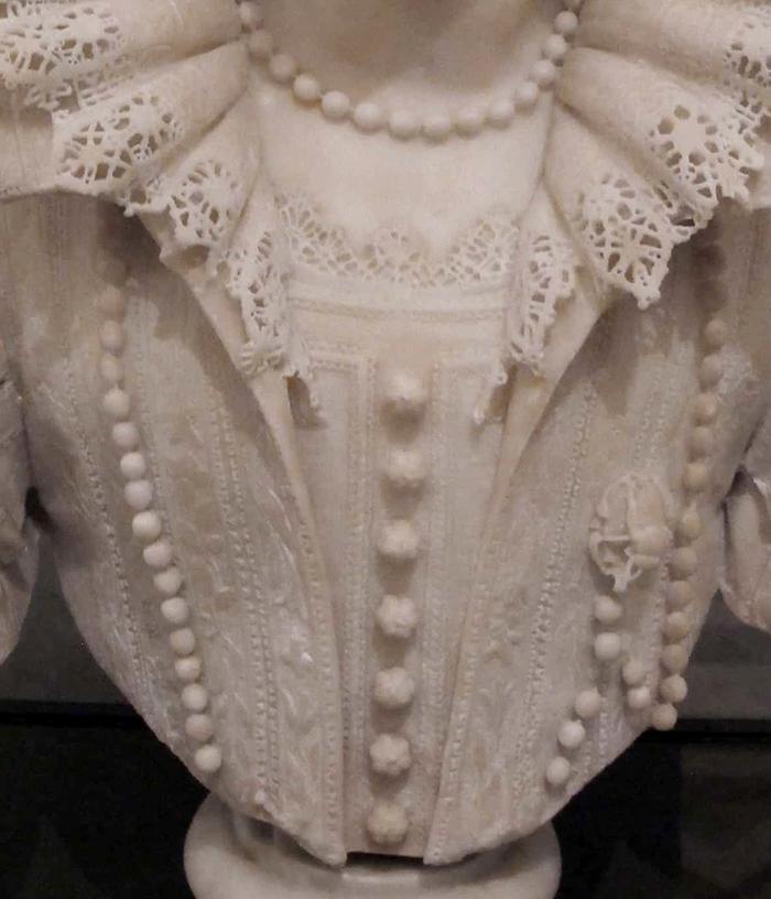 Maria Duglioli Barberini Sculpture by Giuliano Finelli Upper Garment Details