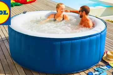 4 Person Inflatable Hot Tub