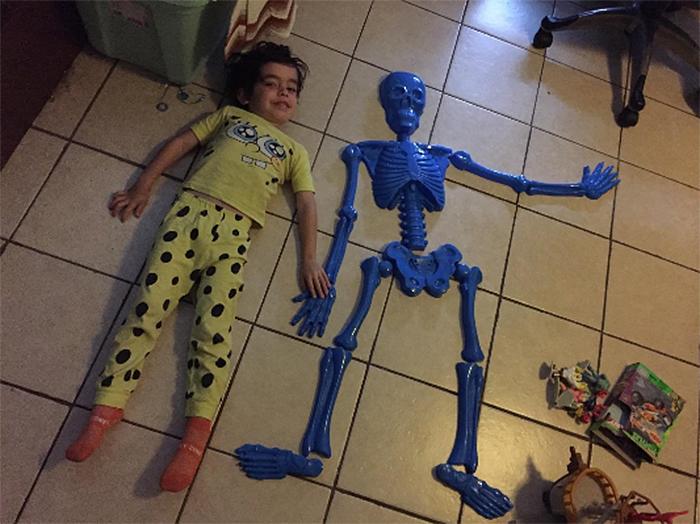 bag o bones beach skeleton plastic molds