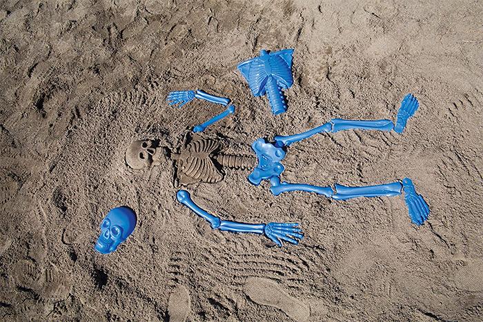 bag o bones beach skeleton sand mold