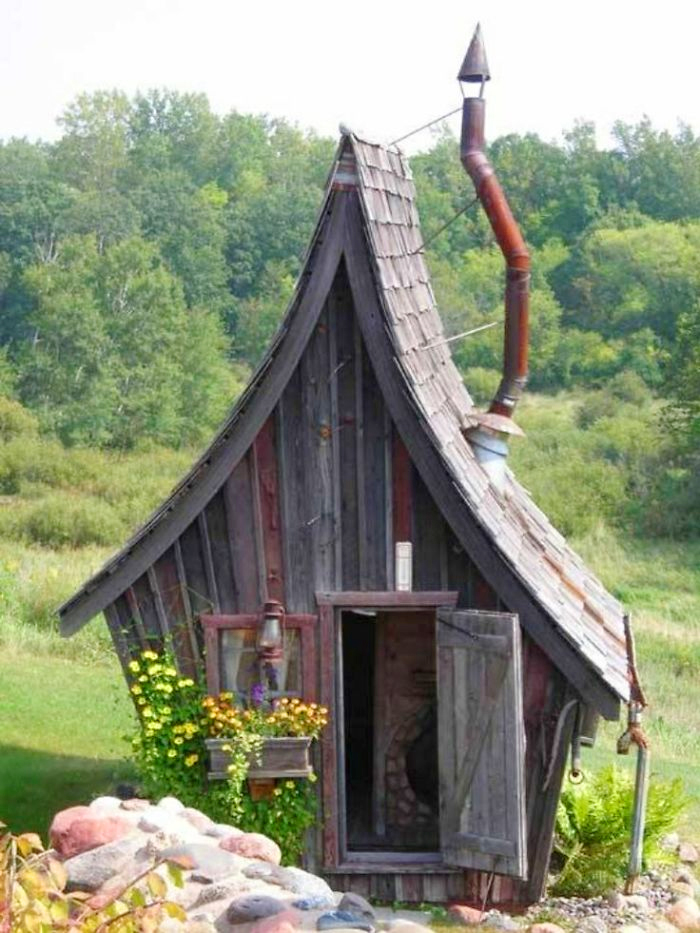 creative chicken coops fairy tail design