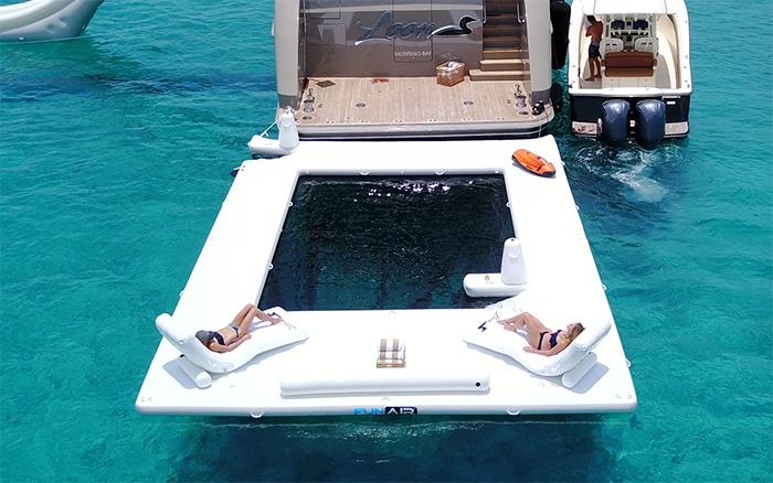 funair sea pool lounging area