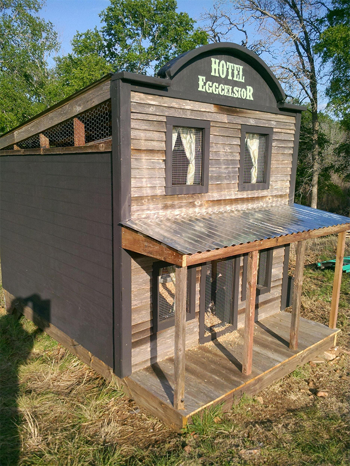 hotel inspired poultry house