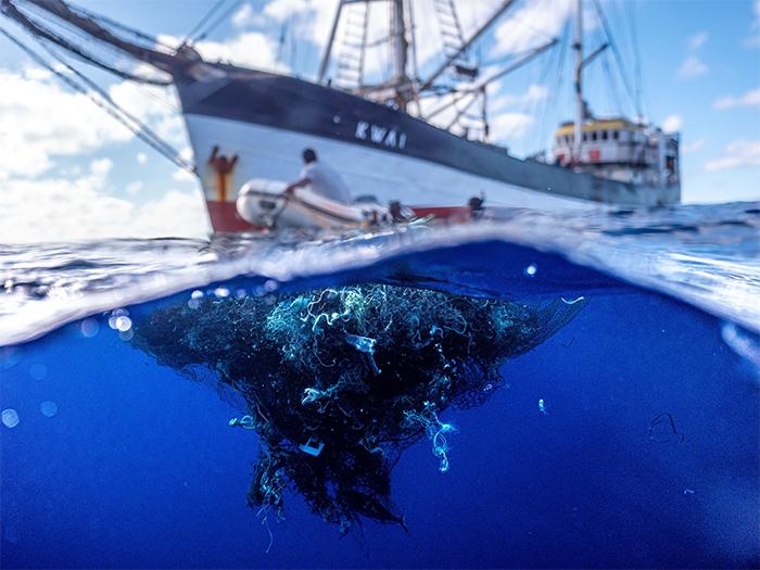 ocean plastic floating fishing nets