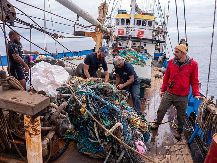 ocean voyages institute ocean plastic cleanup