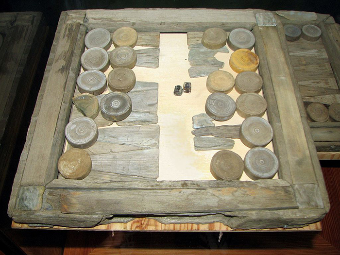 old backgammon retrieved from vasa