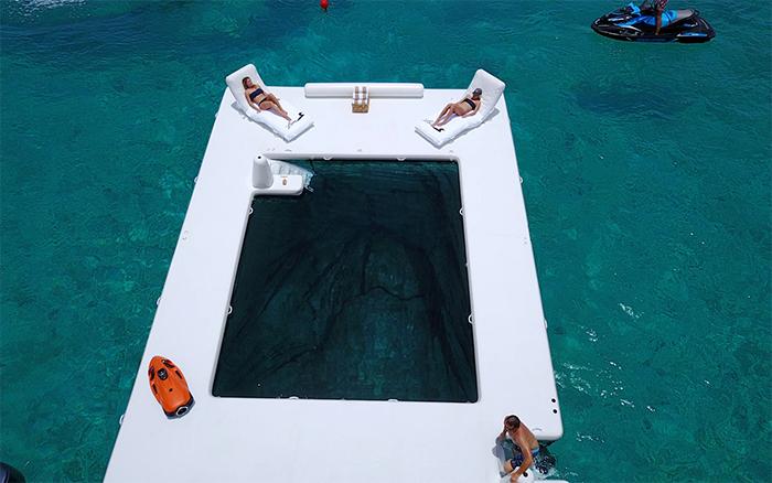sea pool with bottom mesh enclosure