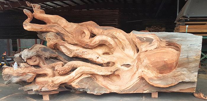 giant octopus carving work in progress