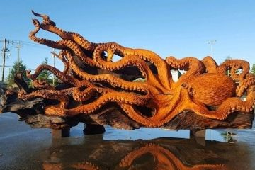 octopus carving