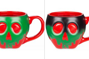 Color-Changing Poisoned Apple mug