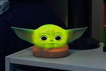 baby yoda night light
