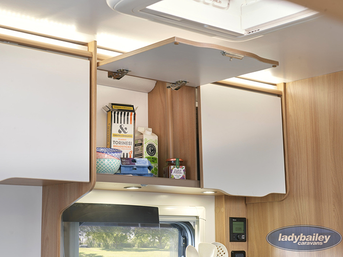 bailey discovery d4-2 camper trailer cupboards