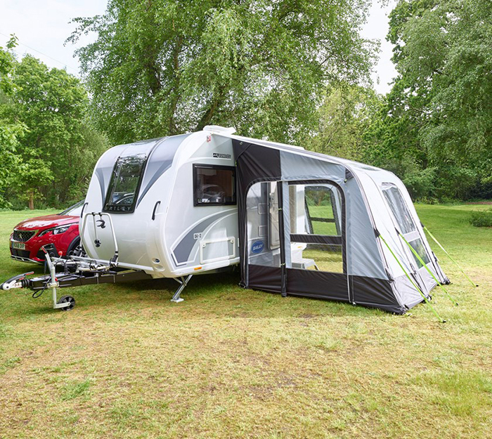 bailey discovery d4-2 camper trailer with inflatable air awning
