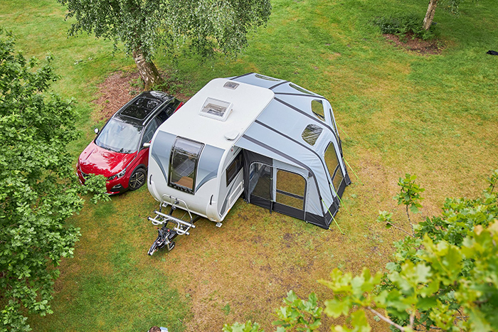 bailey discovery d4-2 camper trailer with wraparound air awning