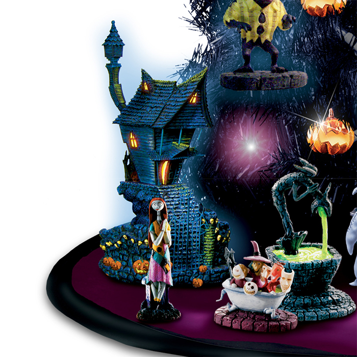 jack skellington house and sally lighted figurines