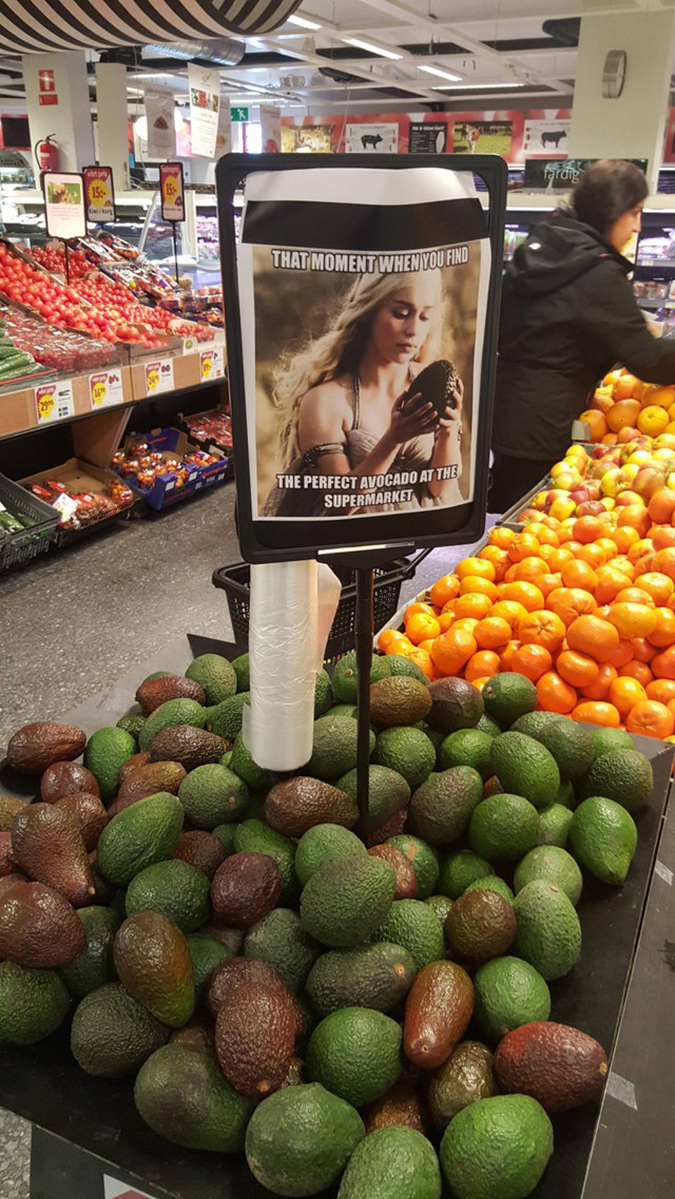 supermarket uses a game of thrones meme to attract customers