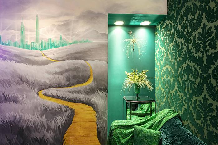 the roxbury motel emerald city
