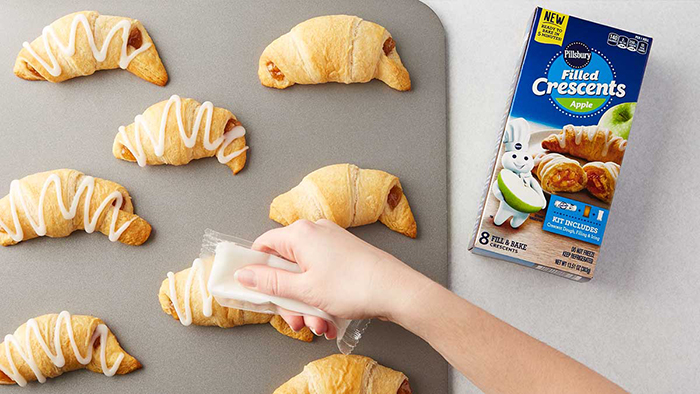 apple-flavored crescents with icing