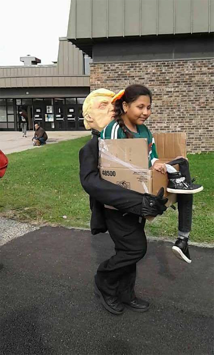 funny halloween costumes deported by trump