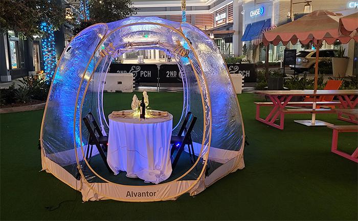 giant outdoor bubble tent restaurants